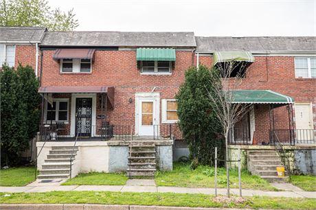 825 Bonaparte Ave, Baltimore, MD 21218