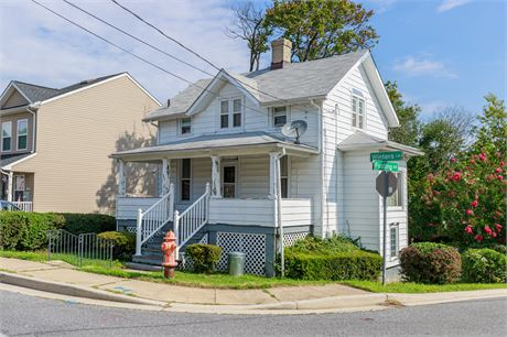 36 Winters Lane, Catonsville, MD 21228